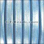 Regaliz™ Leather - Metallic Sky Blue
