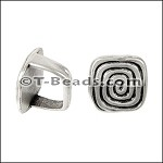 Regaliz™ Square Coil Bead