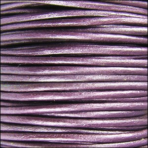 Metallic 2mm Leather per spool Berry