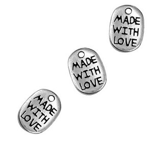 """Made With Love"" Charm - 20 pieces"