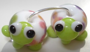 Turtle Babies 3 Glass Lampwork Beads